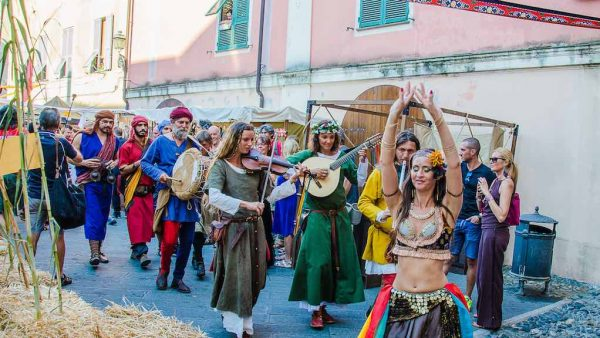 finalborgo-medievale-residenza-adelaide-finale-ligure-02