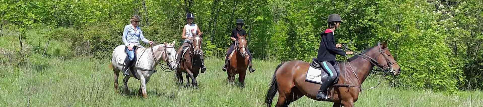Sport-outdoor-equitazione-finale-ligure-passeggiate-cavallo-liguria-Residenza-Adelaide-001