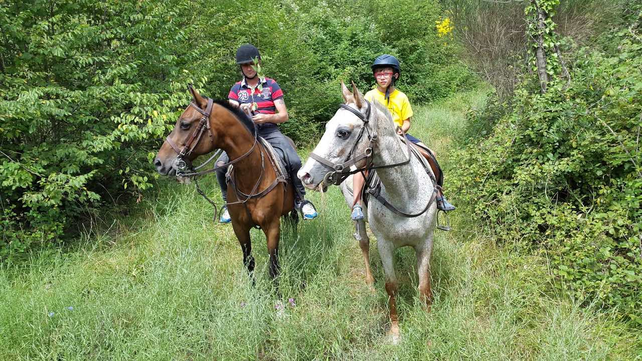 Sport-outdoor-equitazione-finale-ligure-passeggiate-cavallo-liguria-Residenza-Adelaide-009